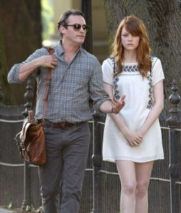 Emma-Stone-on-a-Woody-Allen-Movie-set-in-Rhode-Island-02-810x957